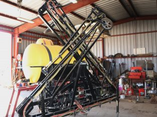 50′ mounted boom sprayer