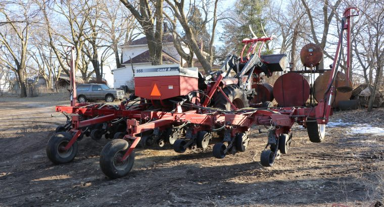 Case IH 955 Planter FIELD READY